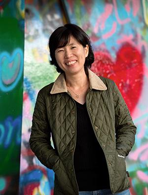 <div align=right><font color=blue>ⓒ시사IN 신선영</font></div><나의 여행 이력서>의 저자 김현아씨는 청소년 여행 대안학교 '로드스꼴라' 교사다.