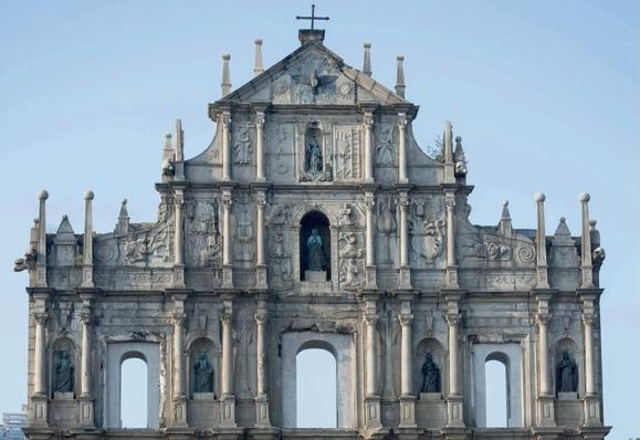마카오의 가장 유명한 유적지는?