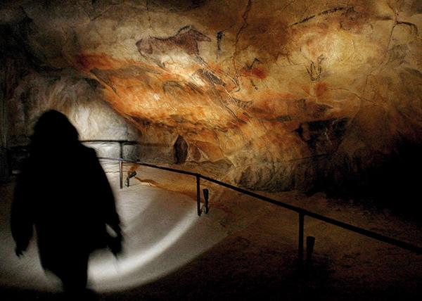 7만4000년 전 동굴벽화가 준 충격