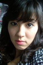 8년 전 '기특 소녀'  88만원 세대 편입 신고