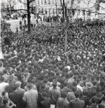 '해방가' 부르짖었고 '임을 위해 행진'했다