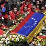차베스의 그림자가 베네수엘라를 덮었다