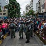 남미에서 가장 잘살던 베네수엘라에 무슨 일이?