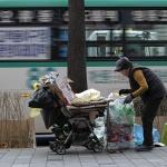 폐지 줍는 할머니의 삶과 빈곤