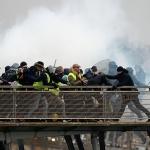 프랑스는 마크롱 믿지 않는다