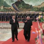 시진핑 만난 김정은, 어깨가 무겁네