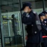 갇혀버린 '강제징용 노동자상'